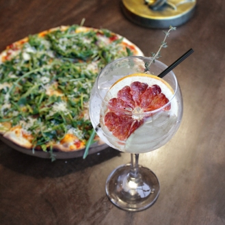 Pizza-And-Gin-Leaping-Salmon-Cork